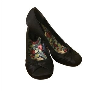 "Jellypop Black 2"" Heel Cushioned Sole Shoes. 9"